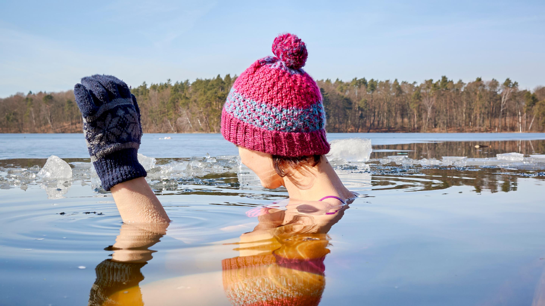 Ajurweda a joga w kontekście zimnych kąpieli
